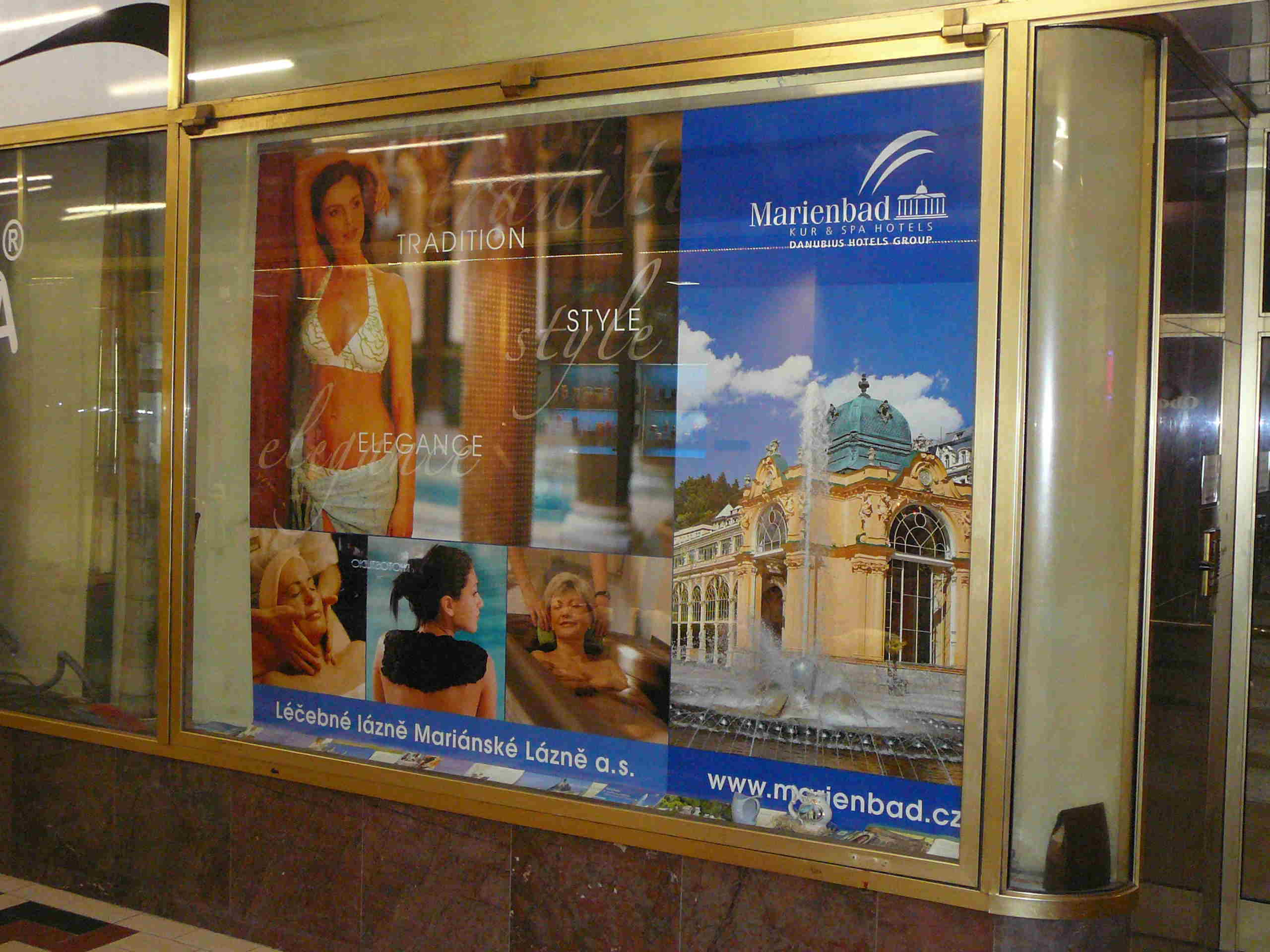 Advertising showcase – Jalta archway (Wenceslas Square)